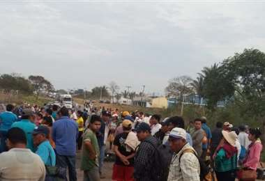 El bloqueo fue instalado desde tempranas horas de este martes. Foto Desther Ágreda Pedraza