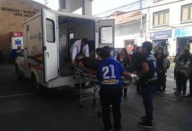 Los heridos fueron transportados hasta el hospital Santa Bárbara. Foto William Zolá