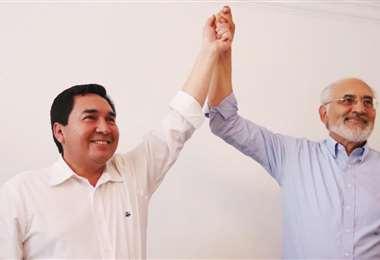 Mesa se mostró muy satisfecho por el apoyo brindado por Unidos de Germaín Caballero. Foto: Jorge Uechi