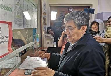El director de Jubileo al momento de entregar los resultados I Foto: radio Líder.
