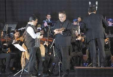 Juntos. Los charangos de René Alinas y Walter Gómez compartirán el escenario con la Sinfónica Juvenil