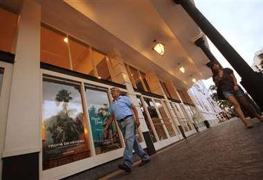 Las salas de cine ofrecerán entradas desde Bs 15 este martes
