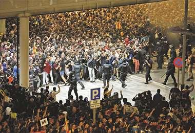 Los independentistas aseguraron que darán pelea frente a la ofensiva judicial del Estado español