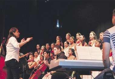 Desde hace 13 años se realiza este encuentro de coros