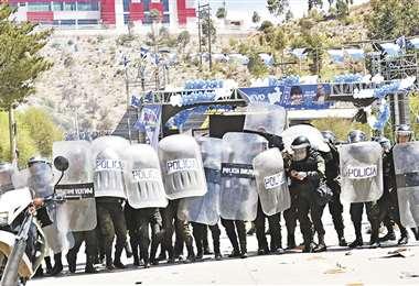 La Policía intervino en el cierre de campaña del MAS en Potosí para controlar algunos enfrentamientos