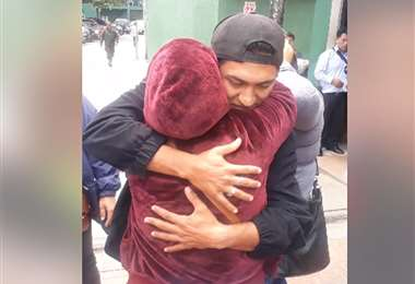 Los jóvenes fueron liberados y recibidos con júbilo por sus familiares