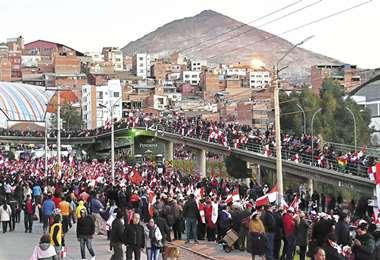 Los potosinos se concentraron en el Puente de la Dignidad; diferentes marchas recorrieron la ciudad