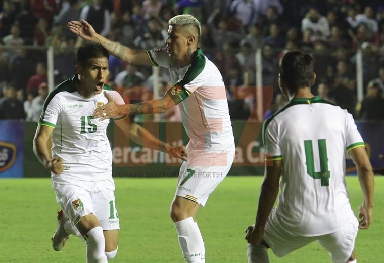 Saavedra (15) celebra uno de sus dos goles marcados ante Haití. Foto. Rolando Villegas