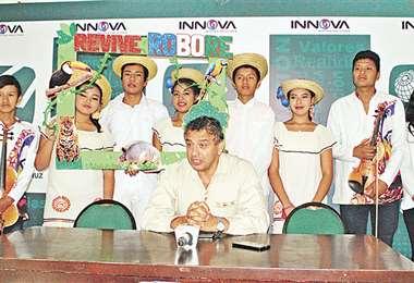 El alcalde Iván Quezada invitó a la gente a visitar Roboré
