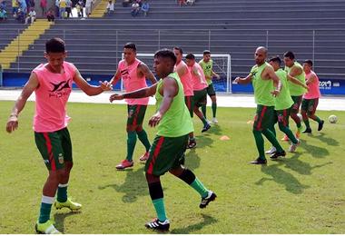 Los jugadores de Torre Fuerte retornarán a Santa Cruz con las manos vacías. Foto: Club Torre Fuerte