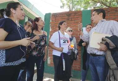 Los familiares están pendientes de la situación de los detenidos (Foto: Rolando Villegas)