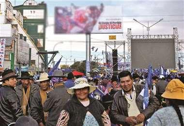 El TED de La Paz ordeno que las gigantografías sean retiradas. Foto: Página Siete