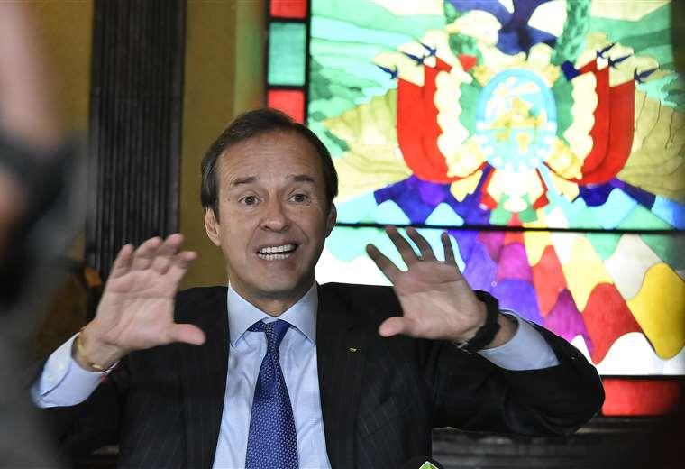 Quiroga brindó esta mañana una conferencia de prensa en La Paz. Foto APG