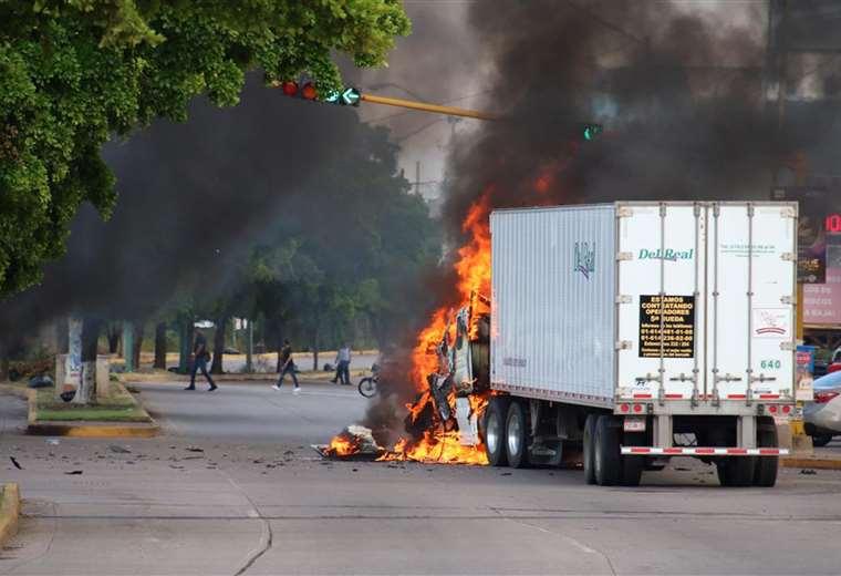 Las balaceras duraron unas seis horas en varios puntos de la ciudad. Foto AFP