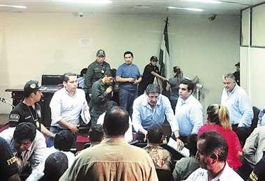 La sesión se instaló a las 18:45 y duró más de dos horas; jueces recusaron la acción por 'errores de forma'. Foto: EL DEBER