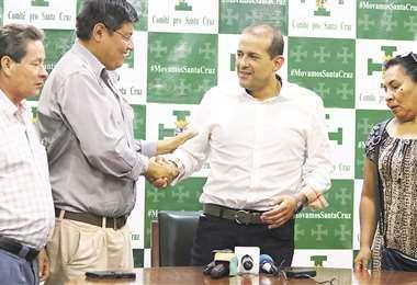 Representantes del sector gremial dieron su apoyo y las propuestas al líder cívico Luis Camacho