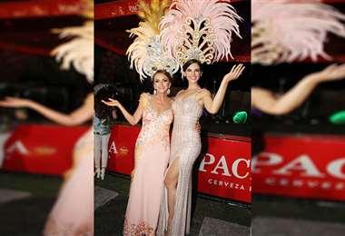 Las reinas de la noche. Mary Parada, de las Mita Kuñá, y Romy Paz, soberana del Carnaval. Fotos: ÁNGEL FARELL. FOTOS