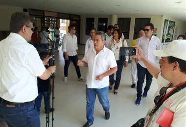 Pedraza visitó EL DEBER después de emitir su voto. Foto: Comunidad Ciudadana