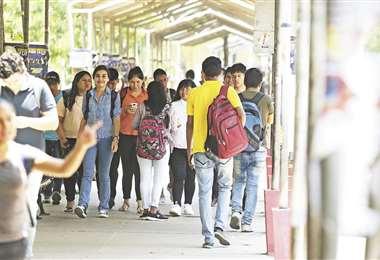 La Uagrm recibe cada año más de 10.000  estudiantes en varias modalidades | Fuad Landívar