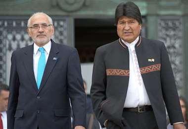Mesa y Morales estuvieron juntos en la defensa de la reivindicación marítima en 2018 y ahora enfrentados por la Presidencia. Foto: Archivo