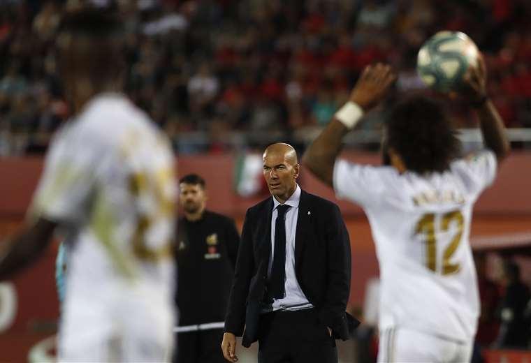 Zidane se juega mucho en Turquía. Hay ojos sobre él tras perder el liderato en España. Foto: AFP