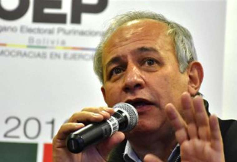Antonio Costas renunció a su cargo en el OEP
