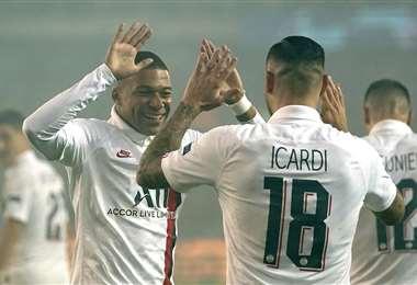 Icardi y Mbappé fueron los artífices de la goleada del PSG en Bélgica. Foto. AFP