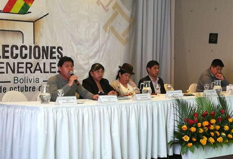 El pronunciamiento de algunos de los vocales electorales I Foto: Miguel Melendres.