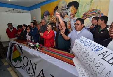 Los activistas piden que se adopte la desobediencia civil I Foto: APG Noticias.