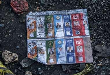 Material electoral que fue destruido en las protestas I Foto: APG Noticias.