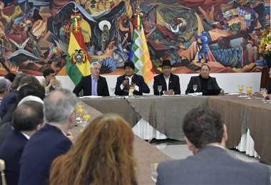 El encuentro tiene lugar en la Casa Grande del Pueblo I Foto: APG Noticias.