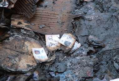 Muchas dependencias electorales quedaron en cenizas I Foto: APG Noticias.