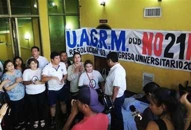 La Uagrm inició una huelga de hambre en el Paraninfo Universitario