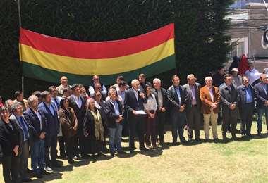 Los líderes se pronunciaron desde la sede de Gobierno I Foto: Twitter.