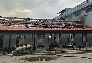 El incendio fue controlado la mañana del martes (Silvia Trigo)