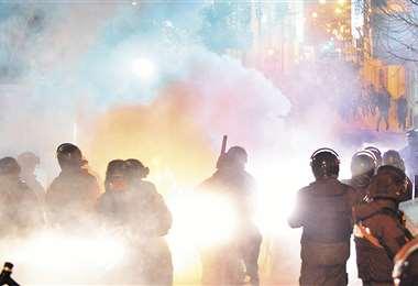 La Policía reprimió con gases a manifestantes, el martes, en Oruro