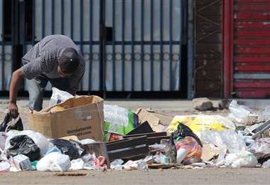 La basura en las calles comienza a acumularse. (Foto: Rolando Villegas)