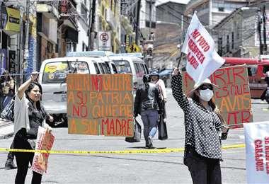 Los puntos de bloqueo se radicalizaron en la zona sur de La Paz (APG)