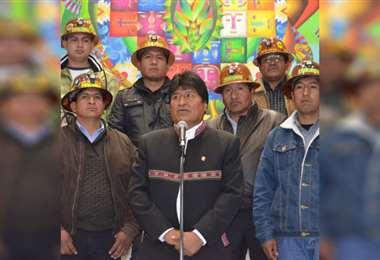 Mineros afines al MAS, en alerta
