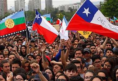 Las manifestaciones provocaron cambios en el gabinete de Piñera (Foto: WRadio)