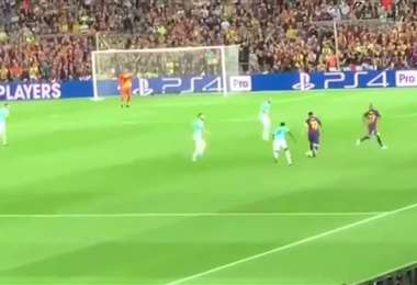 Gran jugada de Messi