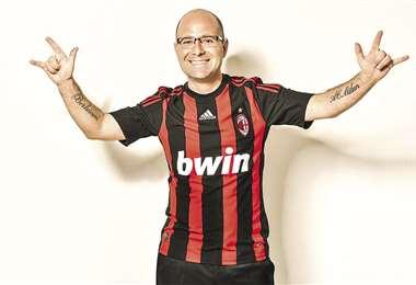 Un fan, en serio. Tiene tres tatuajes dedicados a su equipo. FOTOS: LUIS GARCÍA/PRODUCCIÓN: MARCO VELASCO