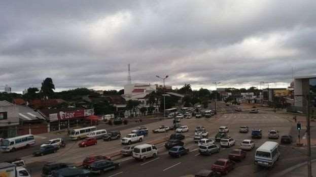 Cielos nubosos en Santa Cruz