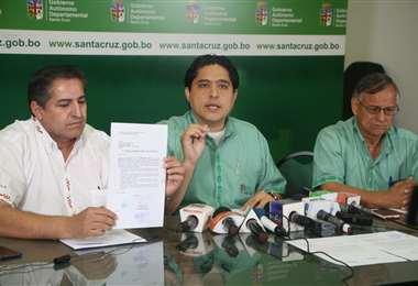 Ríos publicó el resultado del estudio realizado a los alimentos del hogar. Foto Gobernación de Santa Cruz