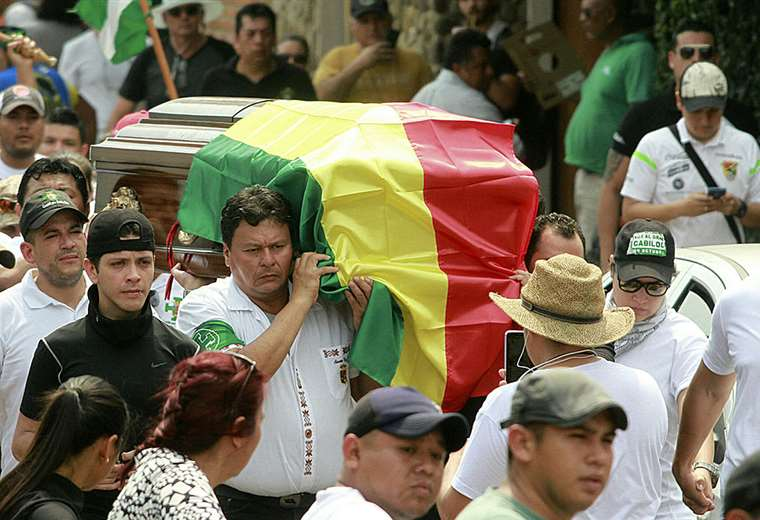 Marcelo Terrazas fue enterrado este viernes por la mañana (Foto: Fuad Landívar)