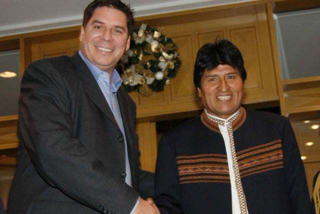 Claure y Morales se reunieron en Nueva York en 2017 para hablar de inversiones en Bolivia. Foto. Internet