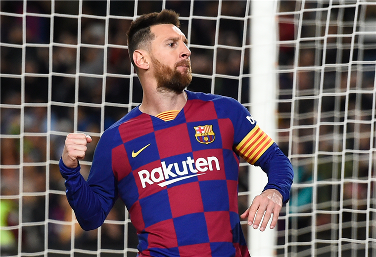 Lionel Messi festeja su triplete a favor de los azulgranas. Foto: AFP