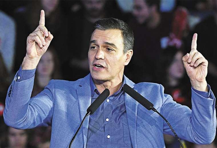 Pedro Sánchez apura el diálogo con fuerzas de izquierda para evitar el empantanamiento