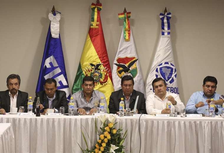 La federación pospuso la reunión de los clubes de la división profesional. Foto: FBF