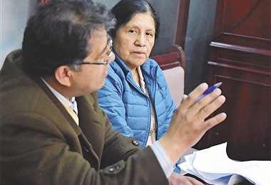 La expresidenta del TSE María Eugenia Choque prestó declaración ante el Ministerio Público